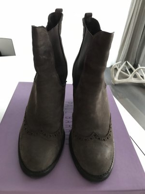 Ankle Boot mit Budapester Muster von Paul Barrit NY grau Gr 40
