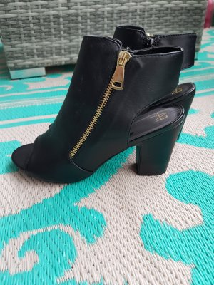 Ankle Boot ~ Peeptoes