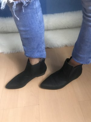 Ankle Boots Chelsea Stiefelette spitz