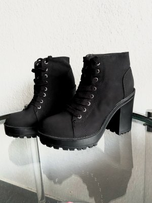 Ankle Boots H&M  mit Schnürsenkel