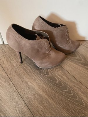 Ankle Boots in Taupe