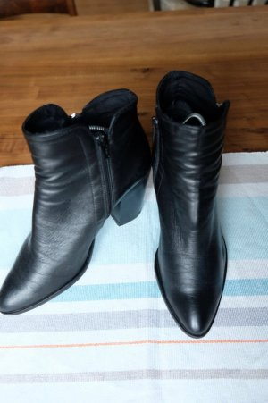 Ankle Boots Poilei