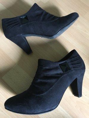 Ankle Boots Stiefel Stiefelette mit Absatz schwarz Größe 40 von Graceland Deichmann