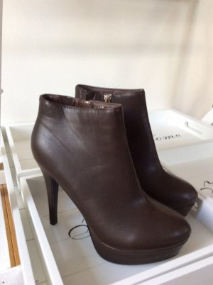 Ankle Boots/ Stiefelette mit Plateau braun