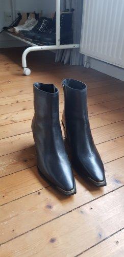 Ankle Boots Stiefeletten von Mango - nagelneu