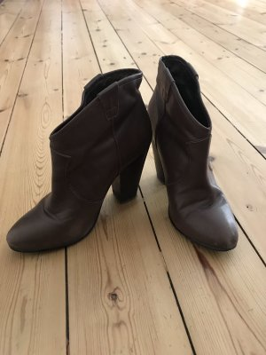Ankle Boots von Buffalo