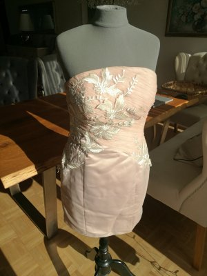 Robe à corsage blanc-or rose