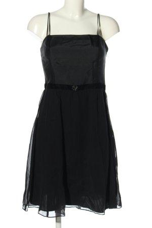 Ann Taylor Vestido bandeau negro look casual