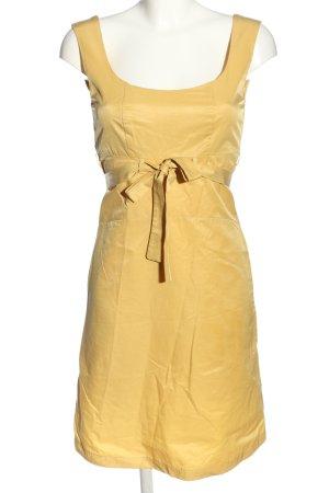 Anne Elisabeth Robe à bretelles jaune primevère style décontracté