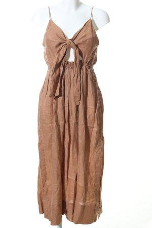 Annette Daley Vestido tipo overol marrón look casual