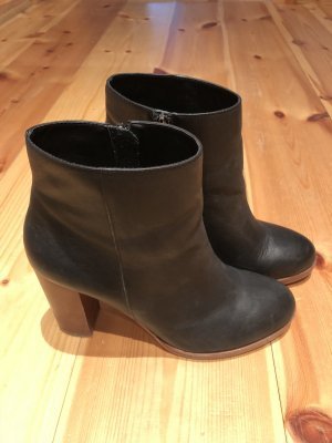 Another A Stiefeletten