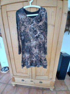 Ansprechendes Kleid