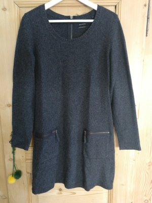 anthrazitfarbenes Wollkleid aus 100% Lammwolle