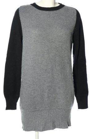 Antonia Zander Pull long noir-gris clair style décontracté
