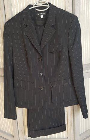 Apart Trouser Suit white-black