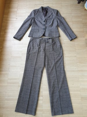 Anzug, Blazer Gr.40, Hose Gr.44