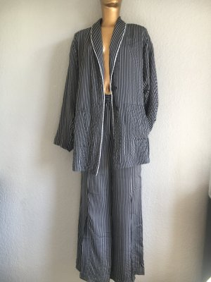 H&M Pinstripe Suit black-white