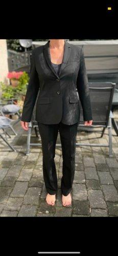 / Tailleur-pantalon noir