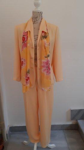 Costume business jaune