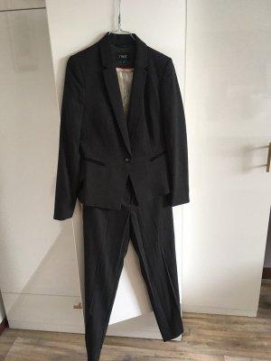 Next Traje de pantalón negro-blanco
