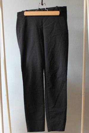 Anzugshose mit seitlichem Reißverschluss Detail