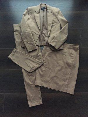 Anzugskombi bestehend aus Blazer, Hose und Rock