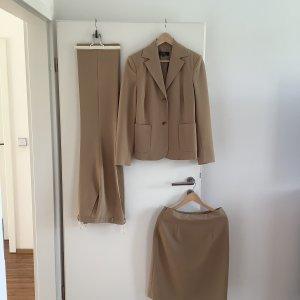 Anzugskombination von Hallhuber, Farbe beige, Größe 40