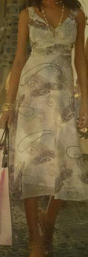 APART Kleid aus bedrucktem Chiffon, mit goldfarbenen.