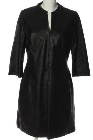 Apart Vestido de cuero negro look casual