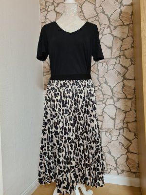 Apart Pleated Skirt black brown-oatmeal