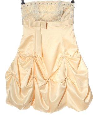 Apart Vestido strapless crema elegante