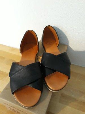 Apple of eden Slip-on Shoes black
