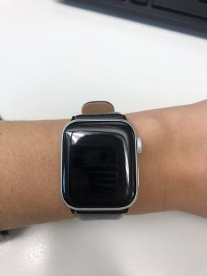 Apple Watch Series 4 mit Cellular