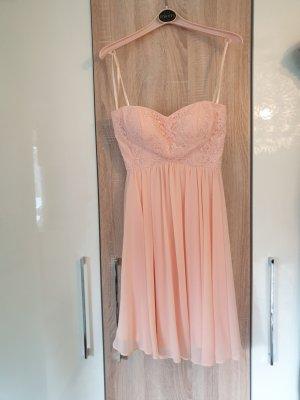 Apricot farbiges festliches Kleid