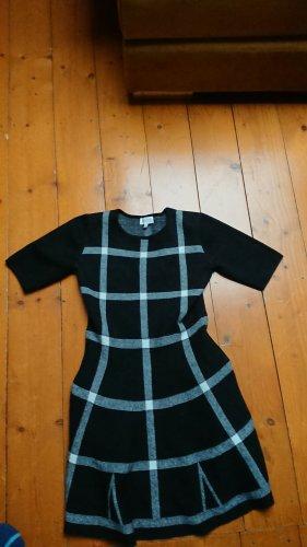 Apricot Robe en laine noir-blanc