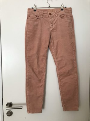Closed 3/4 Length Trousers nude