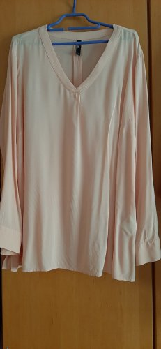 apricotfarbene leichtfliessende Bluse