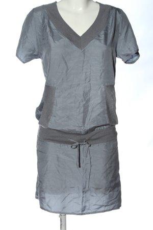 Apriori Sukienka z krótkim rękawem jasnoszary Elegancki