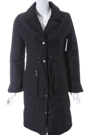 Apriori Mantel schwarz schlichter Stil