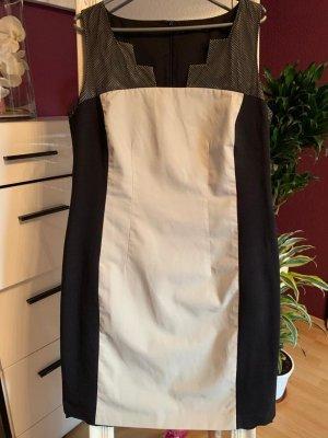 Apriori Robe fourreau blanc cassé-noir coton