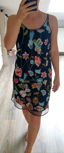 Aqua Sommer Kleid schwarz mit Blumen bestickt