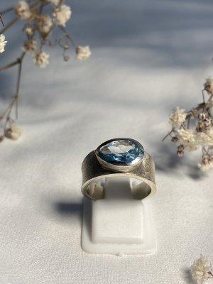 Anello d'argento azzurro