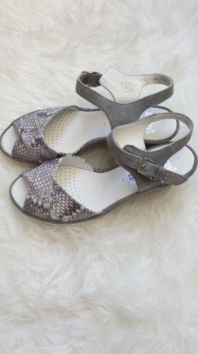 ara Sandalen in Grau, Schlangenoptik