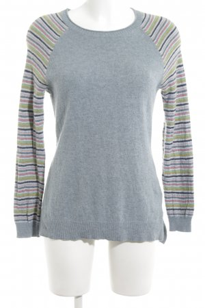 Arabella & Addison Gebreide trui lichtgrijs gestreept patroon simpele stijl