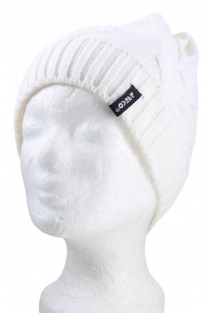 ARECO Knitted Hat white cable stitch casual look