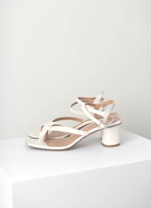 Arket Ankle-Wrap Leather Sandalen Nude Off White Weiß Gr. 38