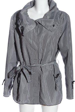 Armand Thiery Between-Seasons Jacket white-black check pattern casual look