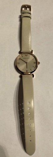 Armani Reloj con pulsera de cuero crema