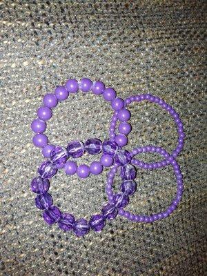 Armbänder lila