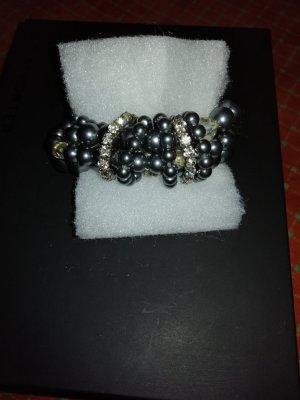 Bransoletki z perłami szary